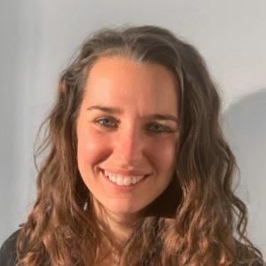Portrait Youna BERNIER Linking Talents